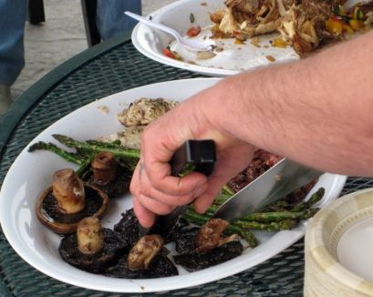 Don't forget the veggies! Grilled mushrooms...yum!