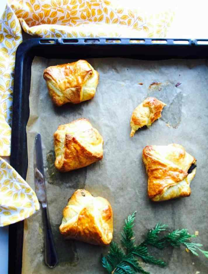 Croissants with poppy seed filling recipe