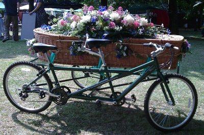 Green-Funeral-Friends-Alternative-Funerals