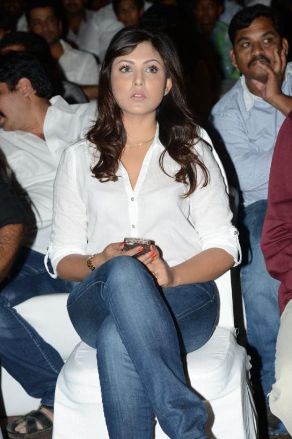 Madhu Shalini (5)
