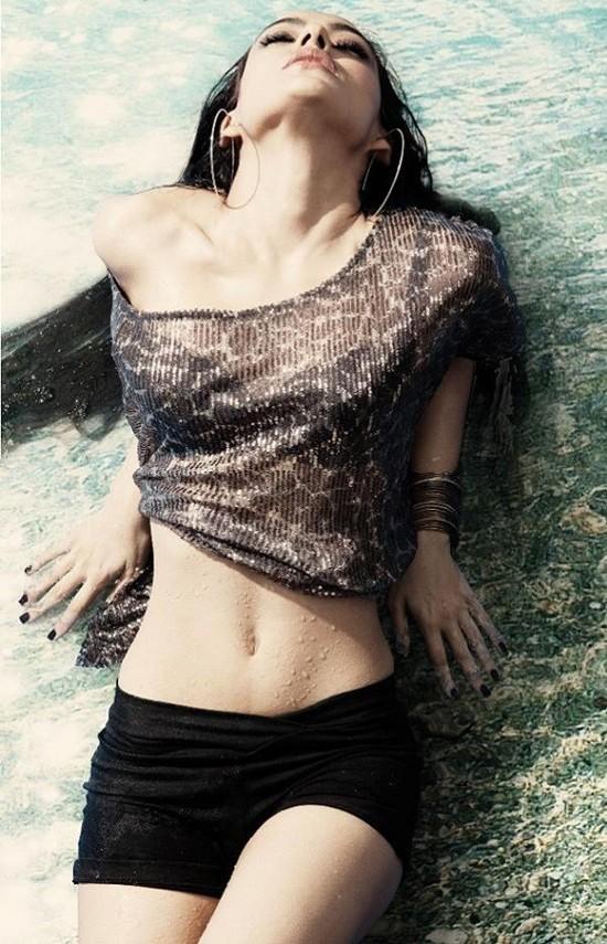 Neha Sharma (2)