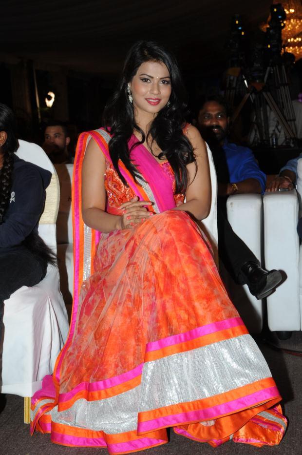 Sharmila Mandre (1)