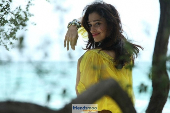 Tamannah-Friendsmoo (4)