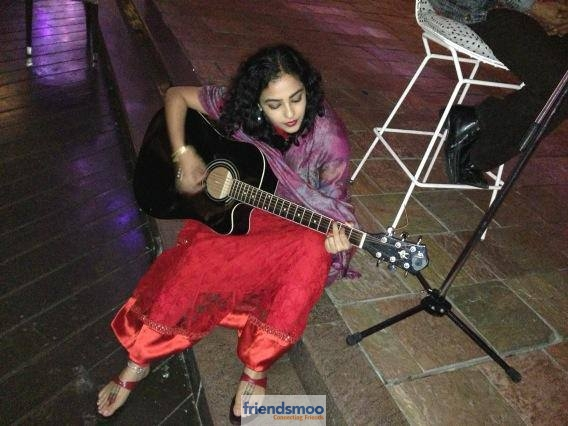 Unseen Pic of Nithya Menen with Guitar-Friendsmoo