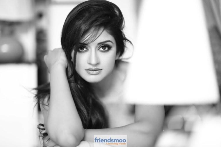 Vimala Raman Latest Hot Photoshoot Pics - Friendsmoo