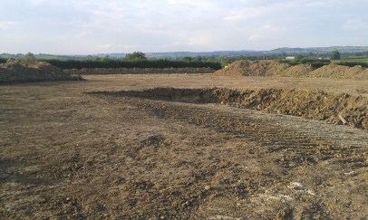 25 July '14 - gentle slope appearing along western - top - edge