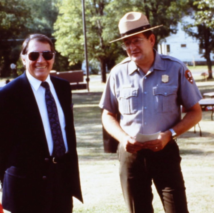 Jerry and Don Castleberry, NPS Midwest Regional Director
