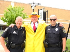 Dick Tracy with Officers