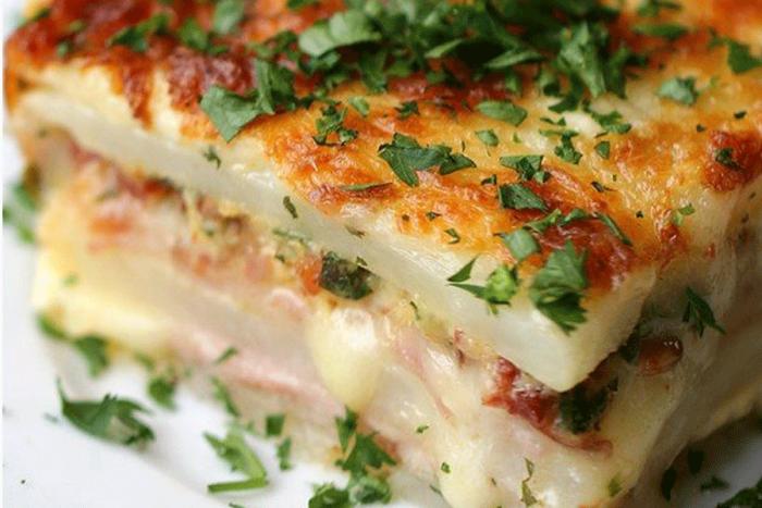 Deliciosas receitas com batata pra vencer o fim do vale-refeição.