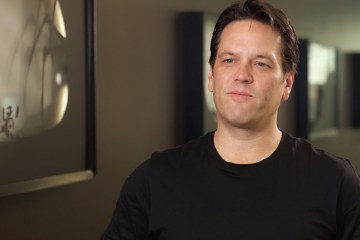 mira-lo-le-dice-phil-spencer-playstation-la-negativa-cross-play-frikigamers.com
