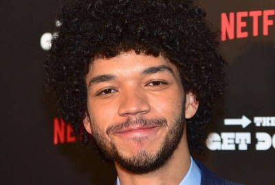 protagonista-la-pelicula-detective-pikachu-sera-actor-justice-smith-frikigamers.com