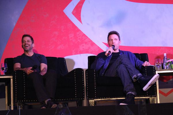 Del baúl de los recuerdos, todo mi experiencia para conocer al elenco de Batman V superman y Zack Snyder.