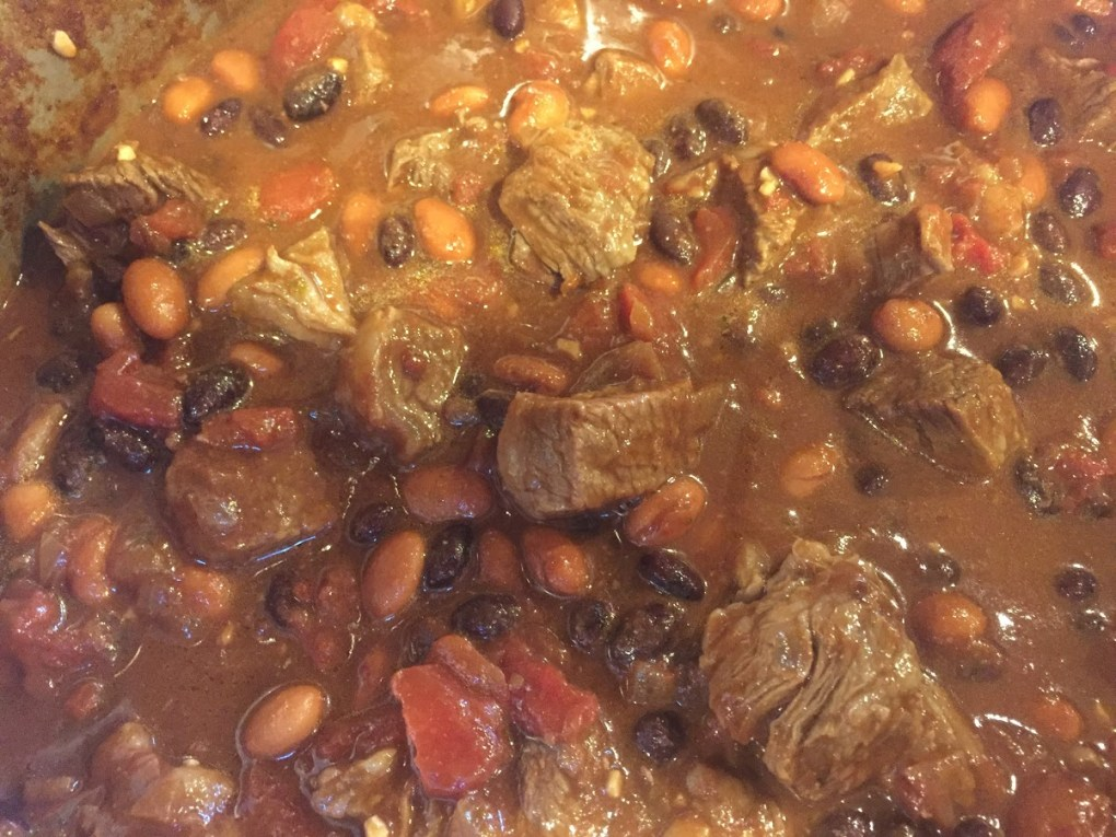 beefy beany chili closeup 2