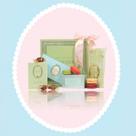 If you're in London then swing by Harrods and pick up some totally delicious macaroons from Laduree. May be a bit xxy but soooo worth every penny. Call 020 3155 0111 to get them to put some aside for you.