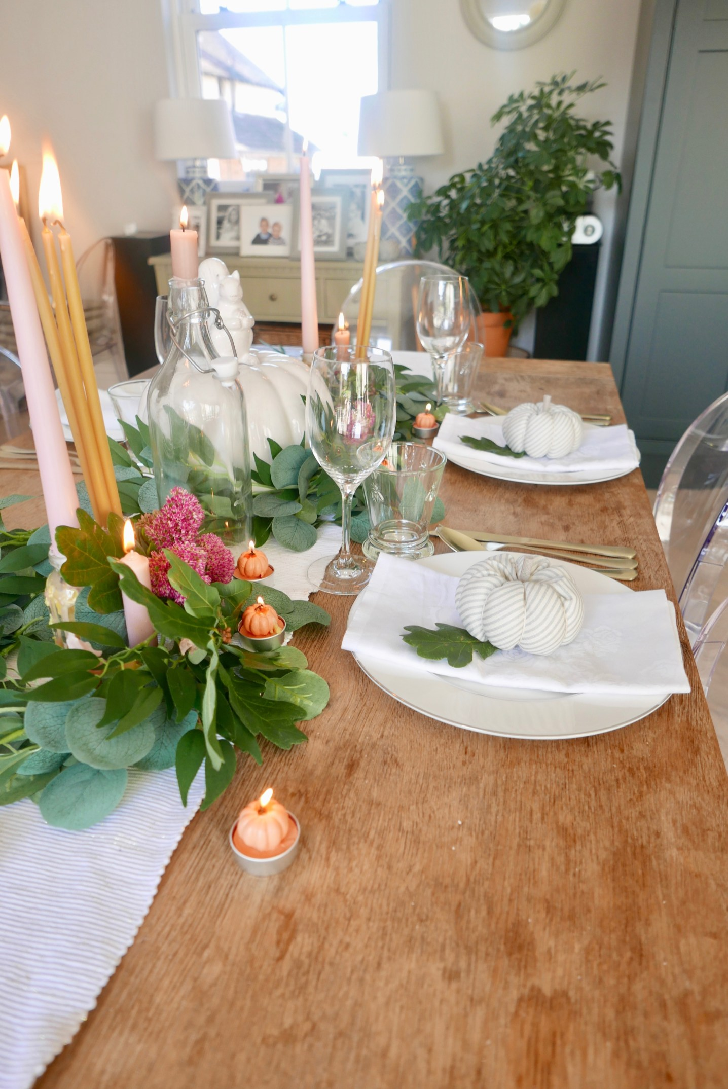 Autumn tablescape design