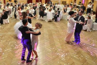 Rodičovský tanec na svadbe