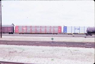 Autorack 942503 at Clover Bar, Alberta in May 1986