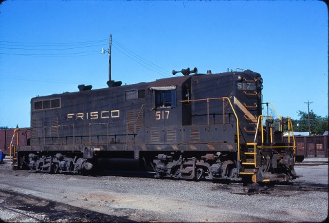 GP7 517 at Fort Worth, Texas on April 25, 1976 (Bill Phillips)