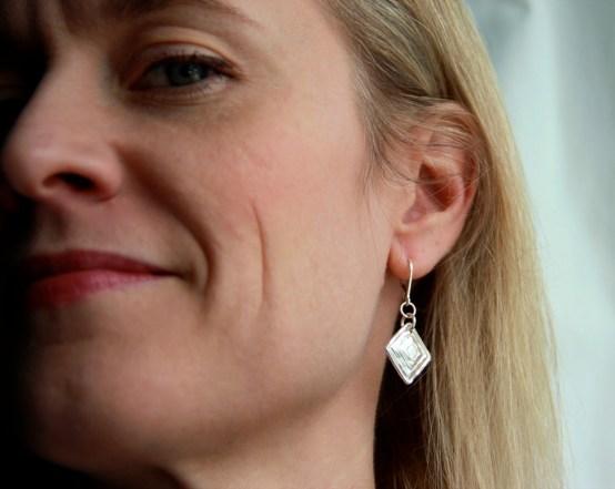 triangle_earrings2