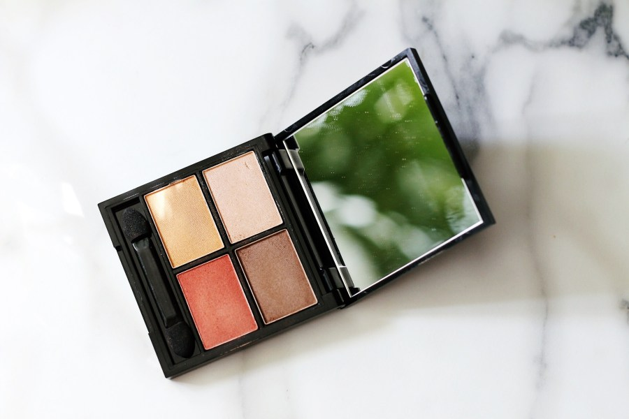 Zuii Organic Quad Eyeshadow Palette in 'Fresh'