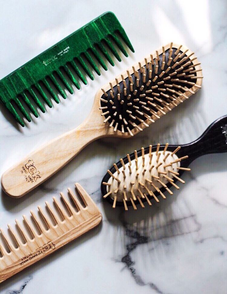 TEK wooden brushes and combs - 5 Reasons You Should Switch To A Wooden Hairbrush