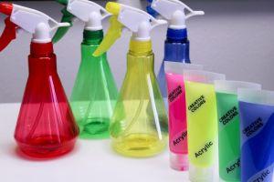 vandpistoler, mal-med-vandpistoler, mal-med-sprayflasker, akrylmaling, sjov-til-boern