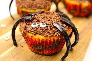 daim-muffins, halloween-cupcakes, edderkoppe-cupcakes, sukkeroejne