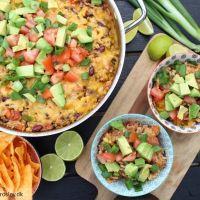 One pan mexicansk risret med oksekød og cheddarost