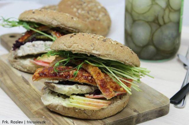 flaeskestegssandwich, frokost, opskrift, flaeskesteg