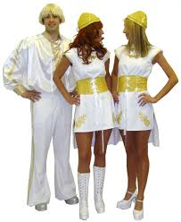 The search for costumes for Frodsham Festival continues….