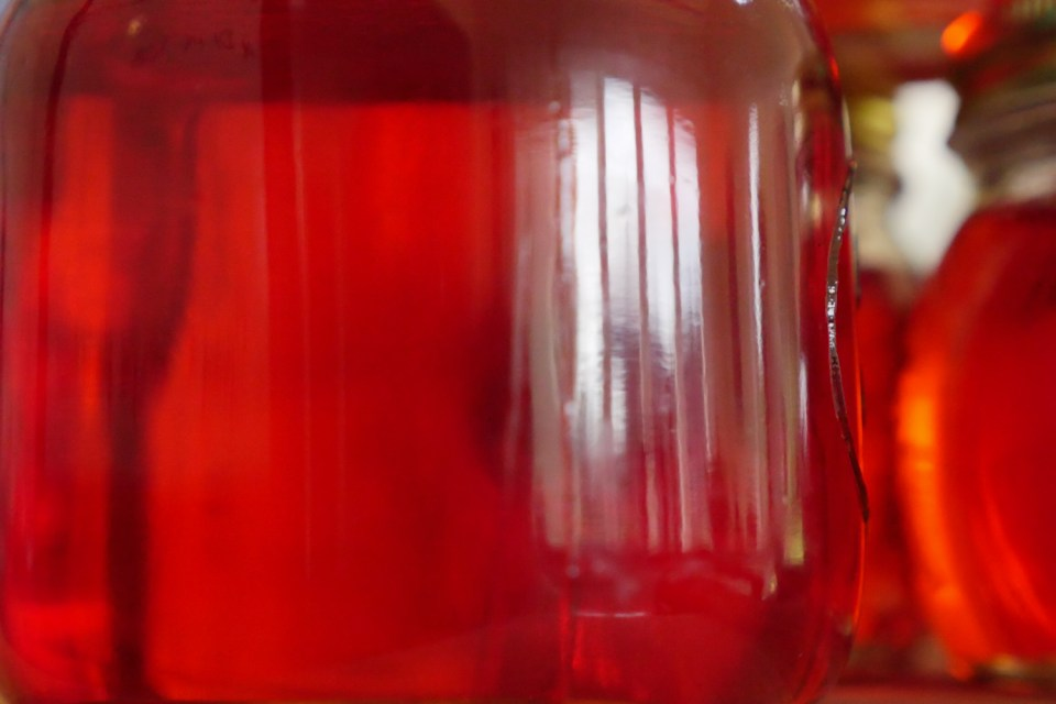 crabapple jelly-1240574