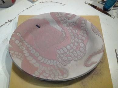 Octopus-Platter-Sgraffito-Frog-Song-Designs-Trzaskos-2016-img3328