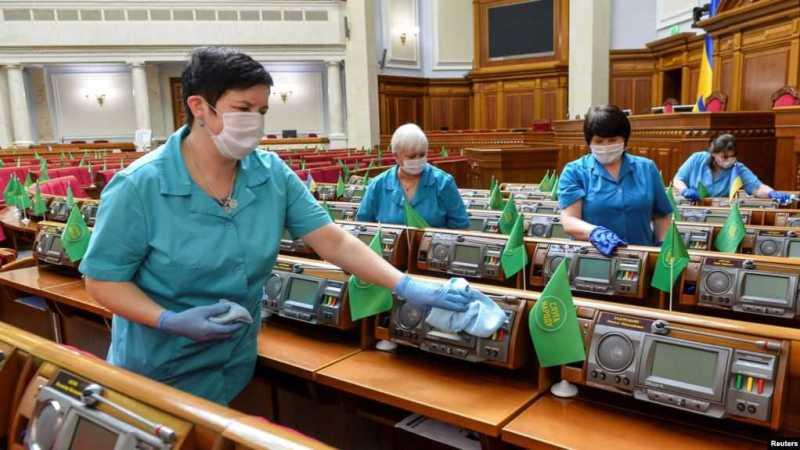 Команда Зеленського подвоїла бюджет податковій міліції, хоча обіцяла її ліквідувати