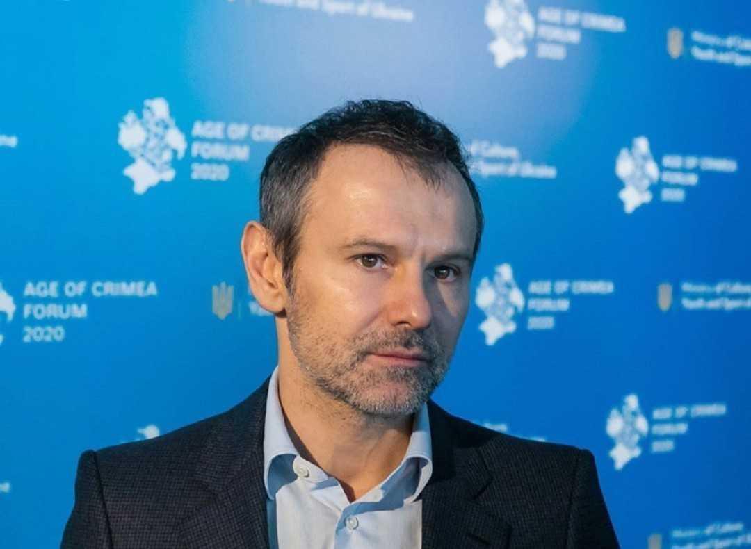 Вакарчук, Шуфрич, Льовочкін та Столар: КВУ назвав головних депутатів-прогульників червня