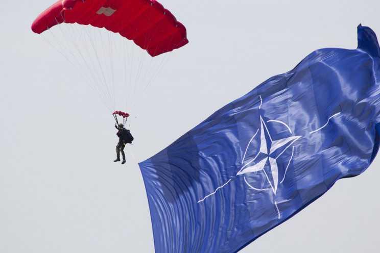 У Зеленського підтвердили, що саміт НАТО в червні пройде без участі України –