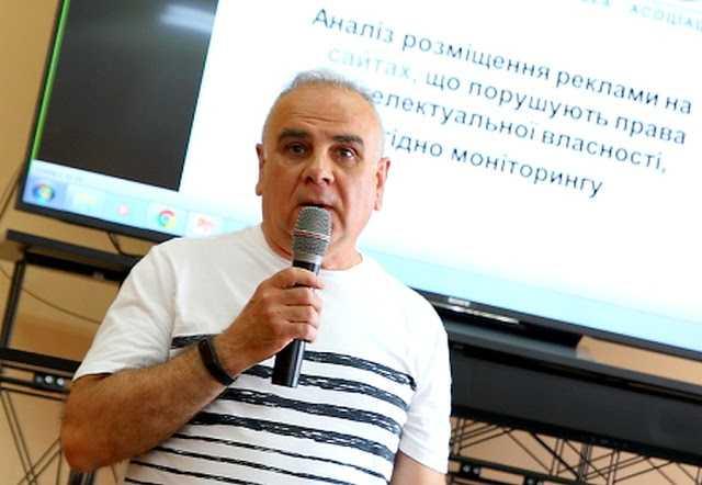 Харківські поліцейські зафіксували підробку документів з боку осіб Української антипіратської асоціації