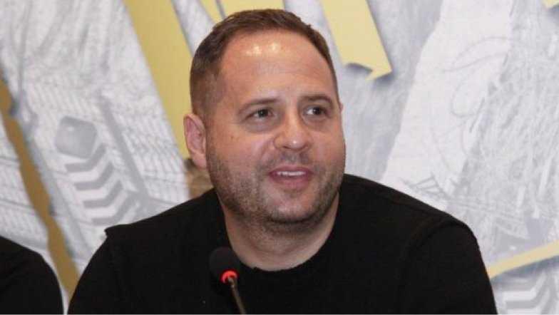 Главный ларёчник страны Андрей Ермак сильно радовался вчерашней отставки министра МВД Авакова