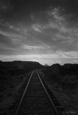 border-railroad