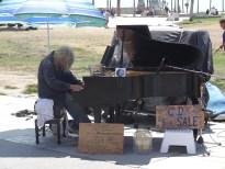Homeless piano