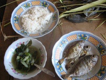 Paket Goceng Pasar Ikan Labuan Bajo - My lunch!