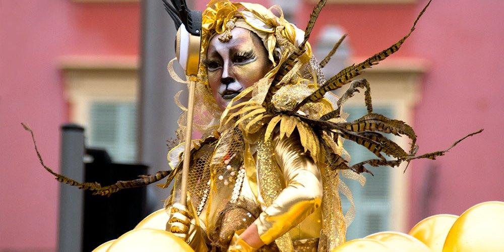 ballon-carnaval-roi-de-lespace-from-corsica-to-nizza