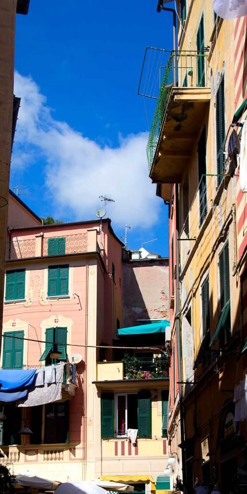 monterosso-al-mare-ruelle-cinque-terre-italie