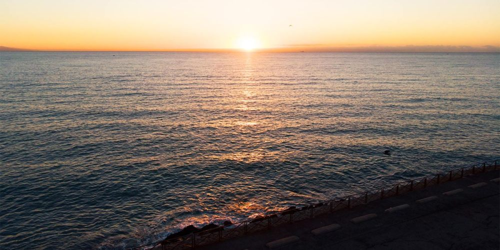antibes-lever-de-soleil-drone