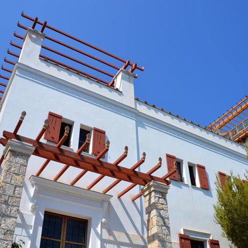 facade-villa-grecque-kerylos