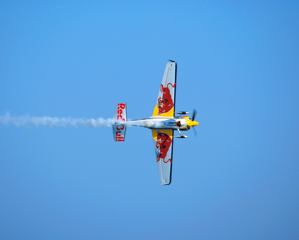 cannes-aviation-red-bull-air-race
