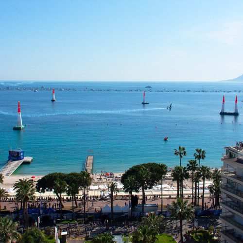 red-bull-air-race-cannes-croisettecote-dazur-france