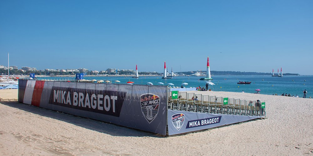 tribune-mika-brageot-red-bull-air-race-cannes