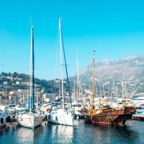 port-capitainerie-ville-menton-mediterranee-balade-ete