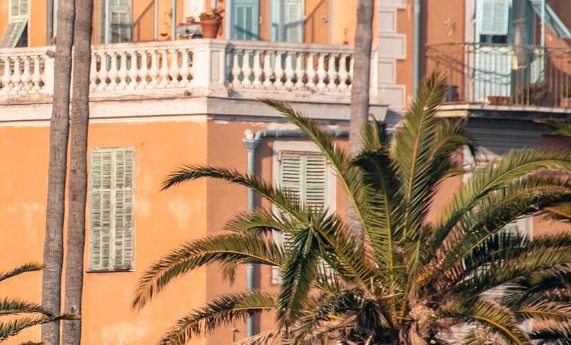 ville-menton-palmiers-soleil-cotedazurfrance-balade