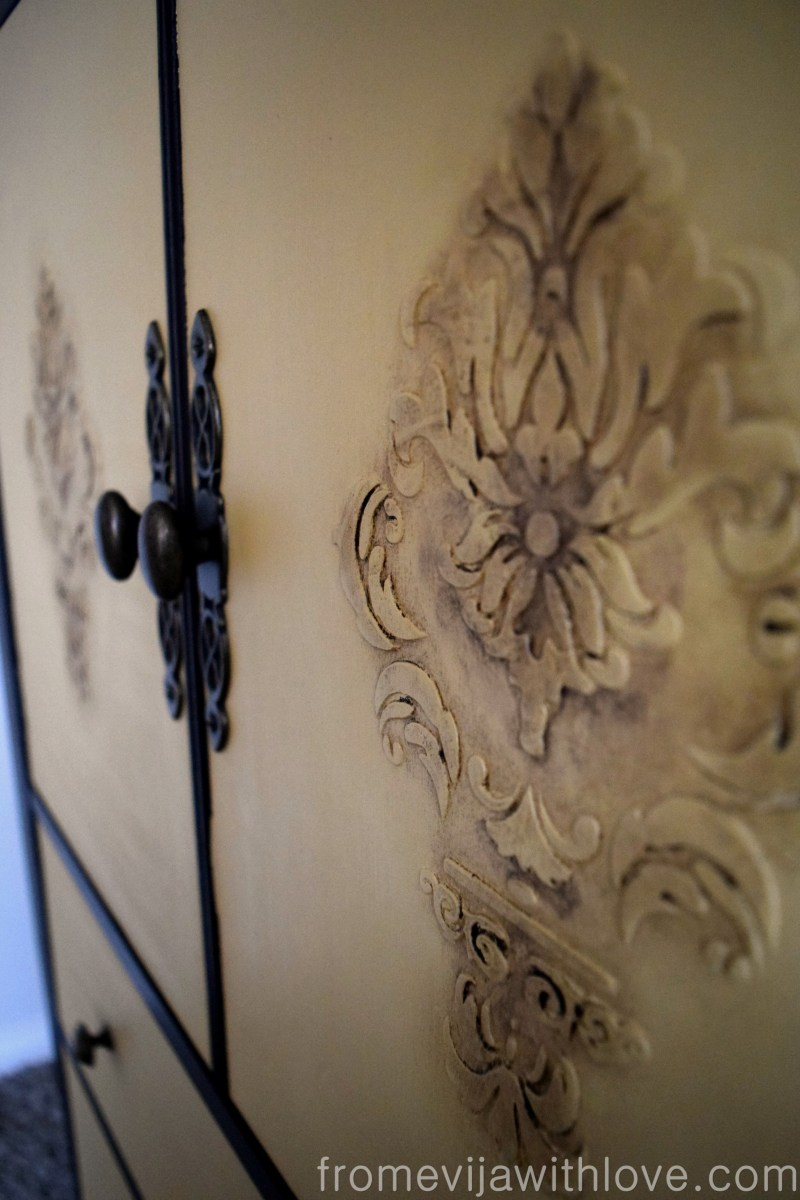 How to do a Raised Stencil on Furniture